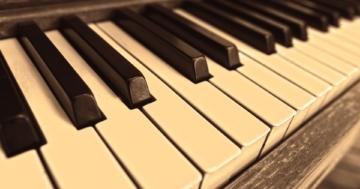 """Beethoven, Schubert, Brahms, Mozart, Bach und Co. lassen die Herzen der Fans klassischer Musik höherschlagen. """"Für Elise"""" zählt zu den bekanntesten und beliebtesten Klavierstücken überhaupt und gehört ins Repertoire eines jeden Sammlers."""