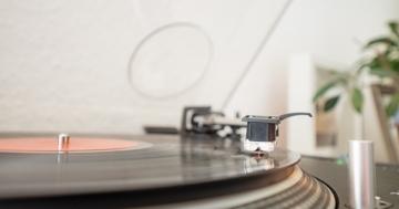 Lautsprecher für Plattenspieler - passende Boxen für den Musikgenuss