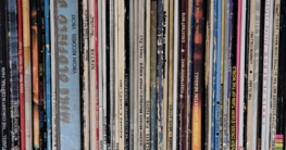Schallplatten-Regale